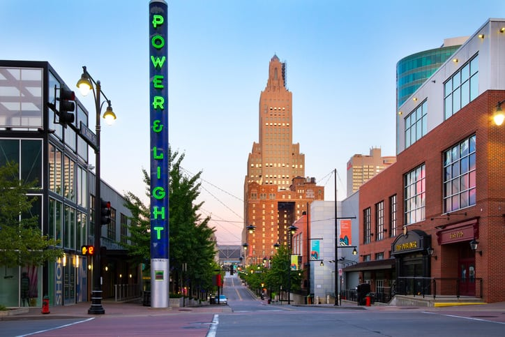 Newcomers To KCMO Might Not Think The Power U0026 Light District Sounds Like A  Trendy Shopping, Entertainment And Dining Mecca With Art Galleries, ...